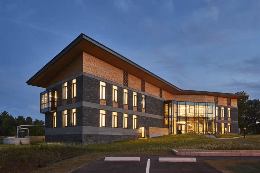 R.W. Kern Center, Bruner/Cott, Hampshire College